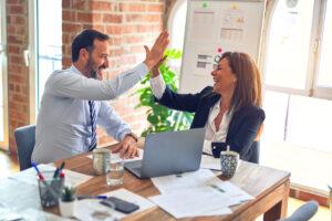 Lohnabrechnung All-Inclusive mit festem Kundenbetreuer!